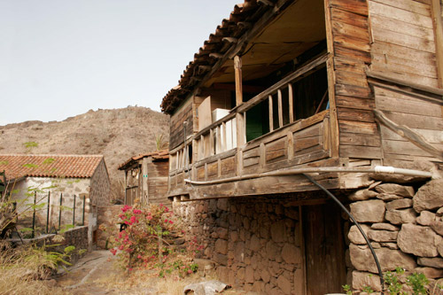 Introduccin a la arquitectura tradicional arte gevic - Casas de madera gran canaria ...
